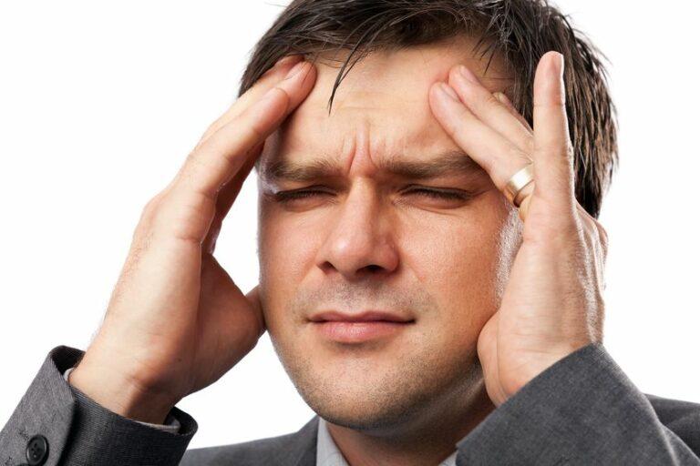 Hoofdpijn door stress: wat veroorzaakt spanningshoofdpijn?