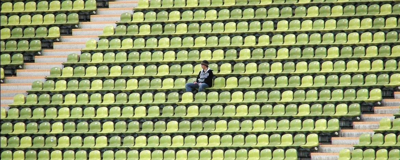 Burn-out door eenzaamheid: waarom extra stress door eenzaam zijn?