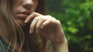 Wallen onder ogen door stress