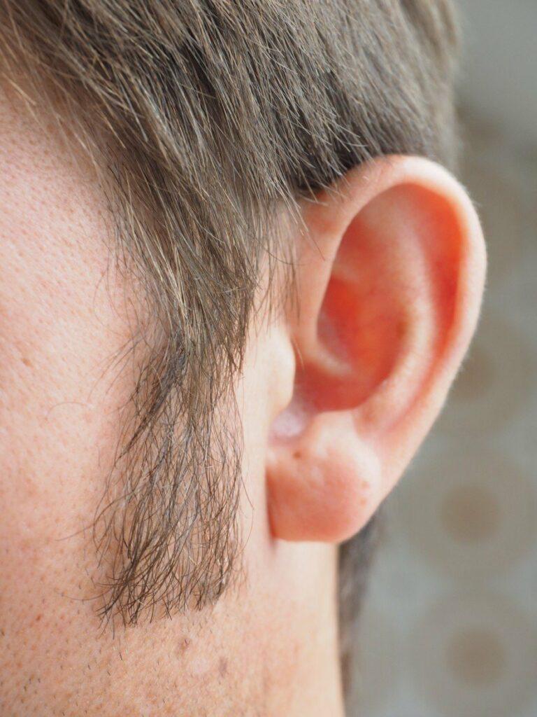oorsuizen en stress