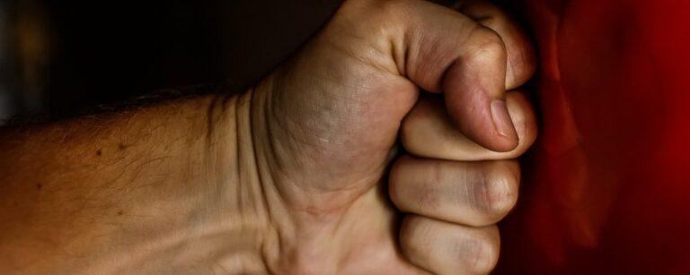 Omgaan met woede: hoe je je boosheid kunt overwinnen!