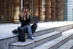 millennial met burnout