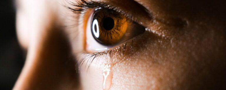 Emotionele buien door stress en burn-out: Hoe ga je daarmee om?