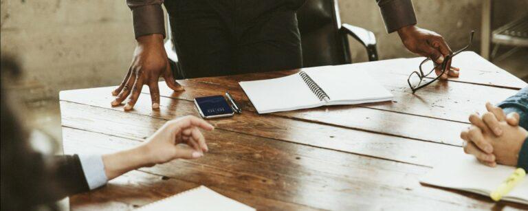 Dominant gedrag leidinggevende of collega – Hoe blijf je zelf overeind?