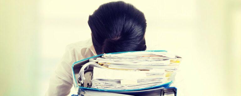 Oorzaken van werkstress: wat kun je doen om werkstress te verminderen?