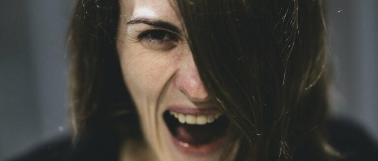 Paniekaanval symptomen: een tsunami van angst